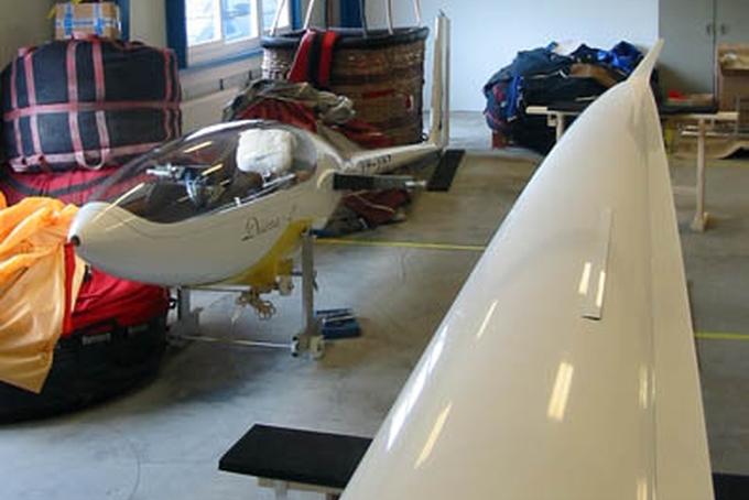 Hana Zejdova's glider in Kubíček Factory