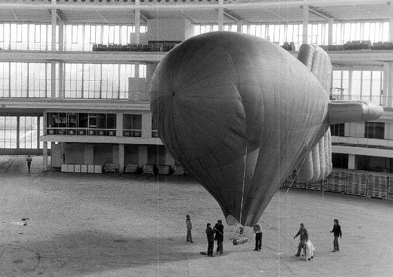 1985 - airship model