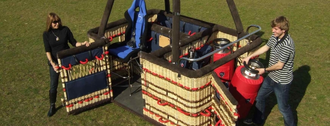 K32T basket with doors and seat